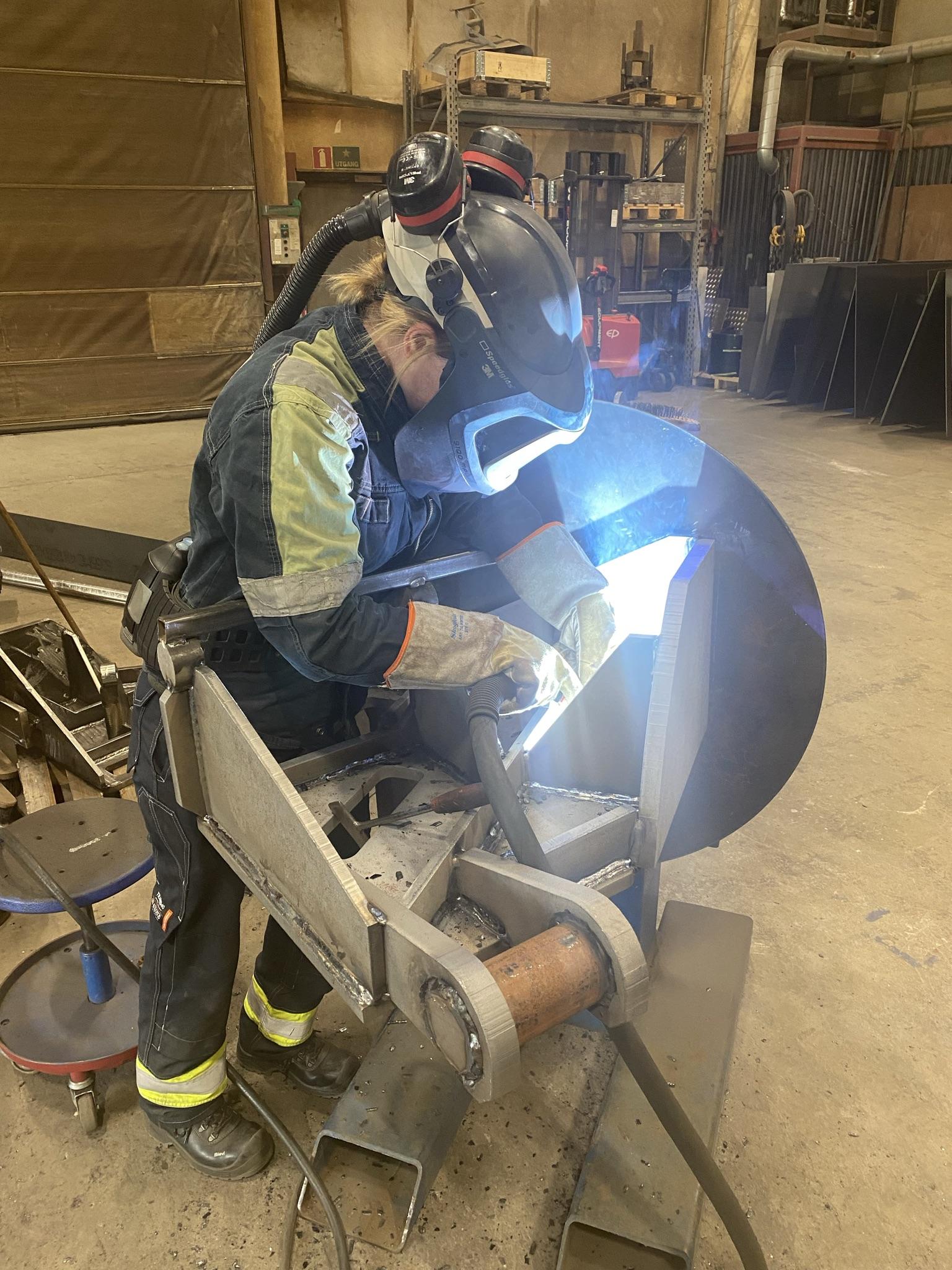 Malin Oyen Sheet Metal Worker
